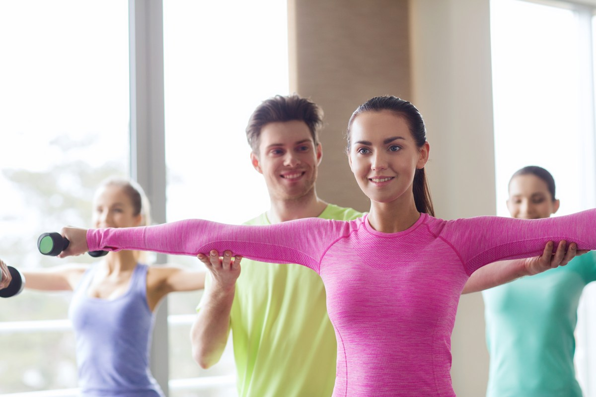 How to Cue a Group Fitness Class Without Wasting Time