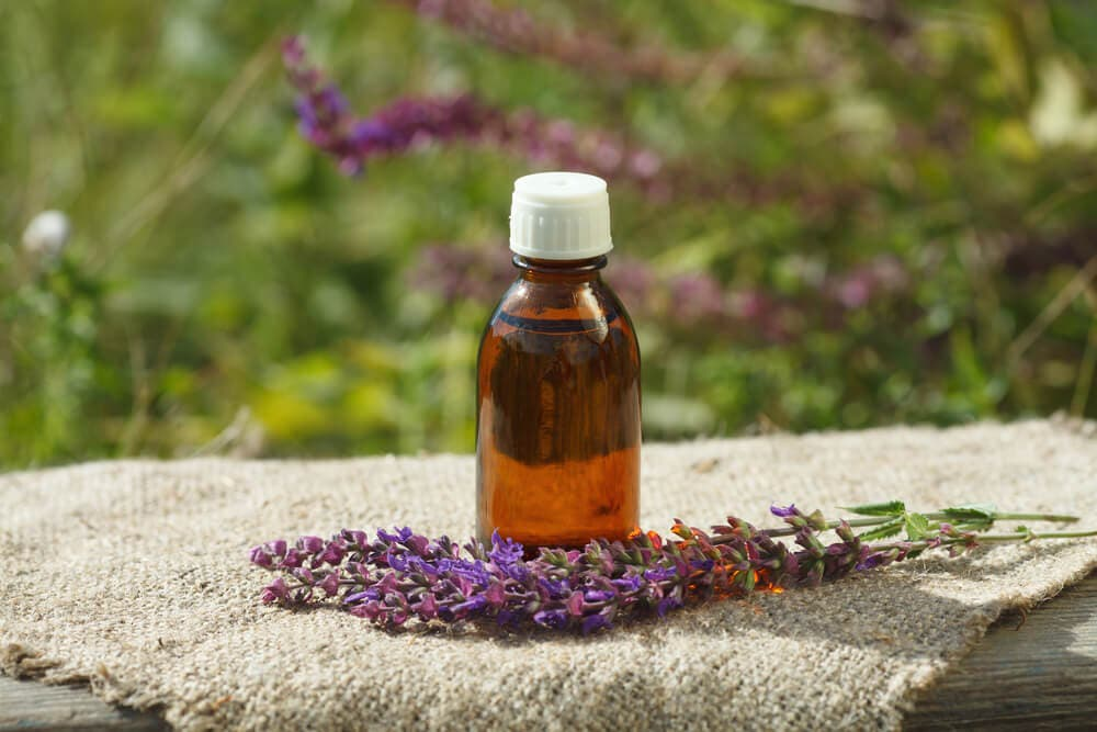 Health benefits of sage oil: Side Effects and Uses of Sage