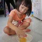 Science Experiment – Exploring Vinegar & Eggs