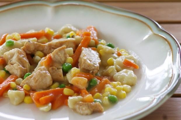 Healchy Choice Café Steamers Top Chef Crustless Chicken Pot Pie