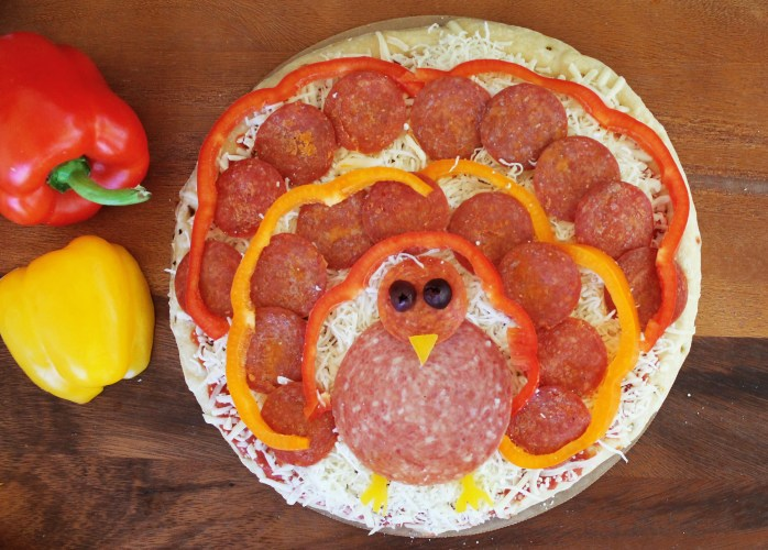 turkey pizza food art thanksgiving
