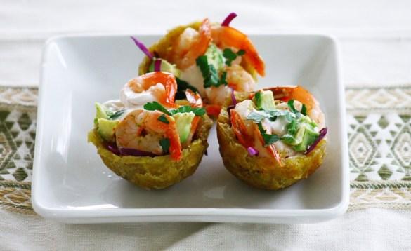 citrus jalapeño shrimp with chipotle crema in plantain cups