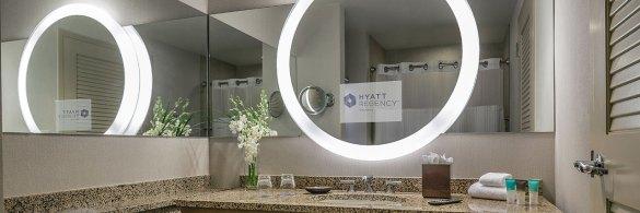 bathroom at the Hyatt Regency Orlando