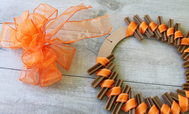 dog treat wreath tutorial