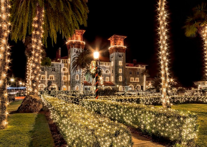 The 5 Best Ways To Enjoy St Augustine's Nights Of Lights Holiday Festival