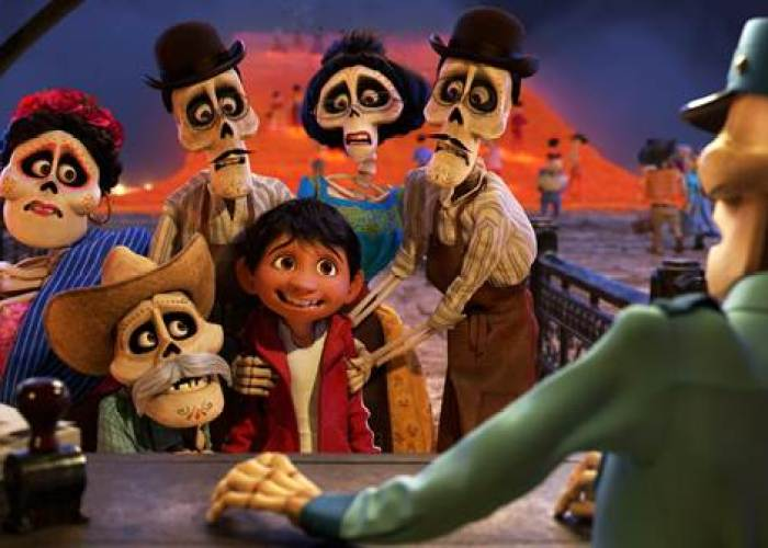Disney•Pixar's Coco: A Universal Story Set In The Context of Mexican Traditions #PixarCocoEvent