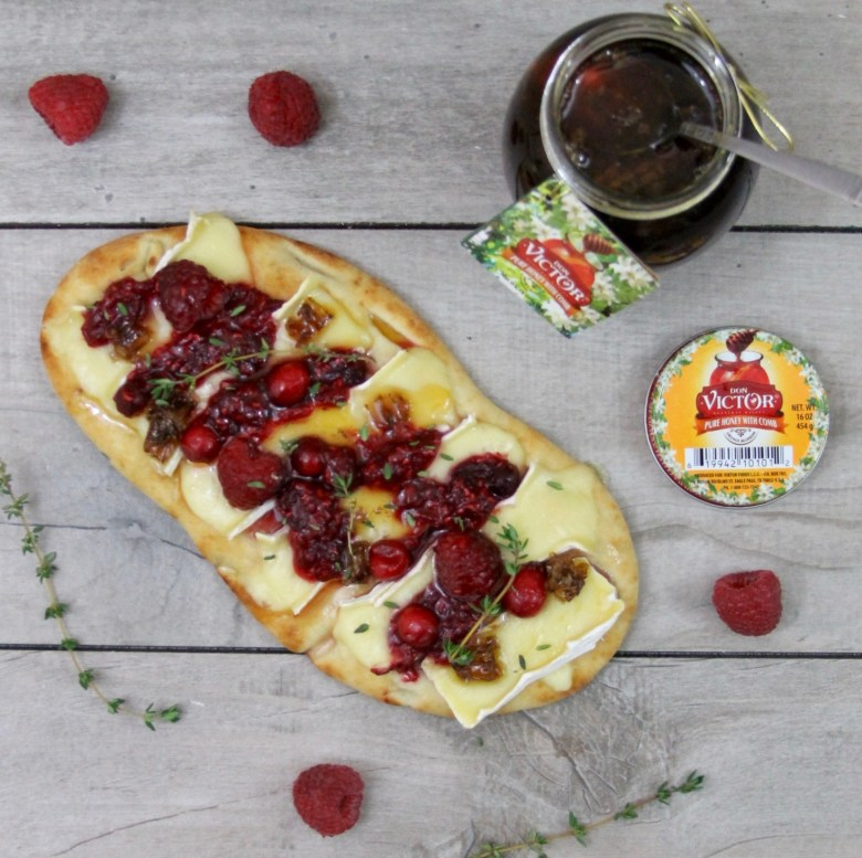 brie and raspberry chutney pizzas with honeycomb