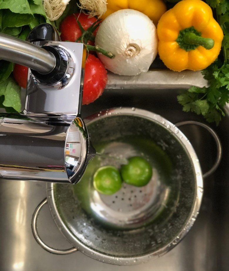 washing vegetables with PUR water filter