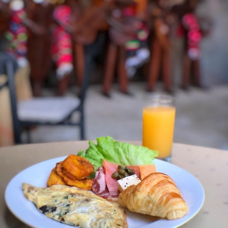 Delicious breakfast at Dreams Las Mareas Costa Rica