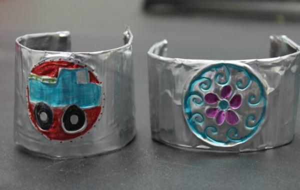Repujado Mexican bracelet craft