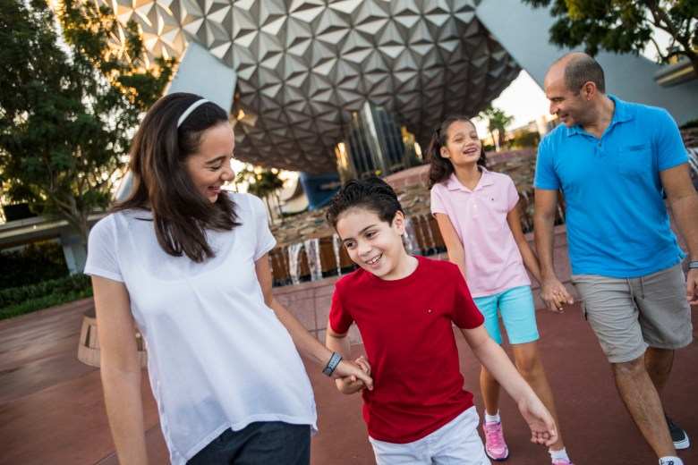 Best tips for enjoying Epcot with teens and tweens