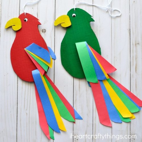Colorful Twirling Parrotand other Carnaval crafts for kids