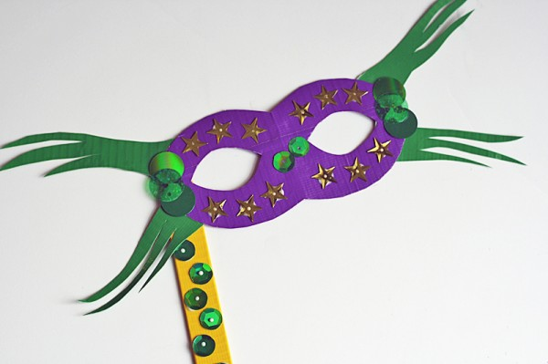 Duct Tape Mask and other Carnaval crafts for kids
