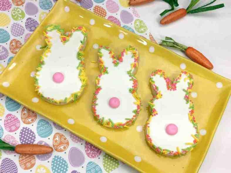 Bunny Peeper Easter cookies