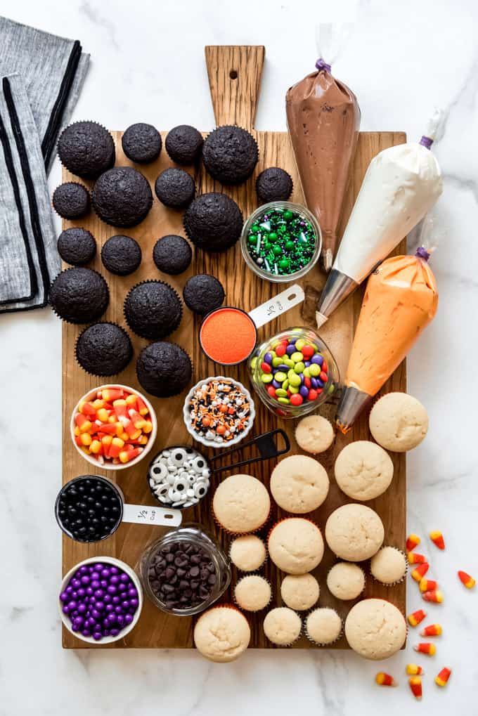 Decorate-Your-Own-Halloween-Cupcake-Board