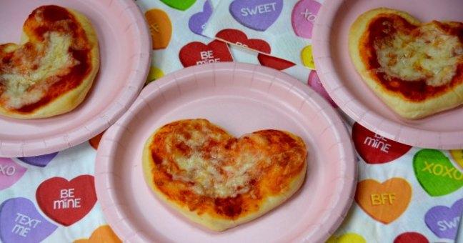 mini heart shape pizza for Valentine's Day