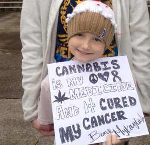 Mykayla-and-her-mom-cannabis-is-my-medicine-and-it-cured-my-cancer