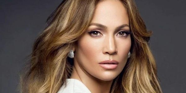 How Tall Is Jennifer Lopez