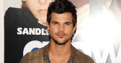 How Tall Is Taylor Lautner