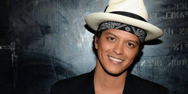 How Tall Is Bruno Mars