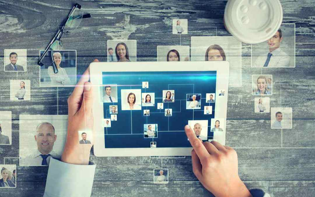 6 Business Boosting Benefits of Networking