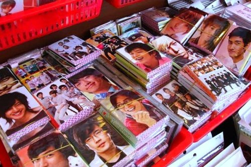 things to see in seoul, cool things to do in seoul, seoul trip planning, kpop fan stores in seoul