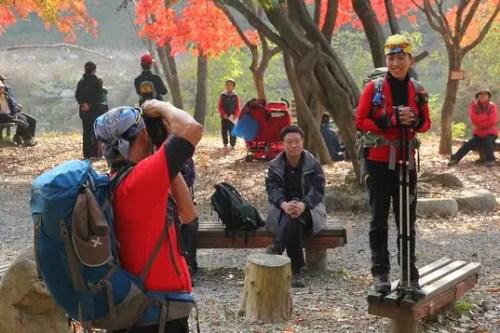 best dressed koreans hikers, hiking in korea