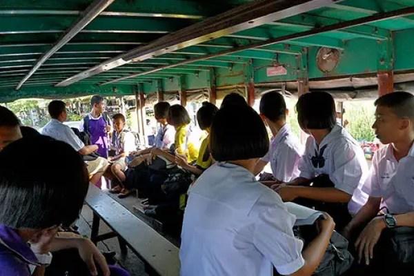 local thai bus, thai transportation