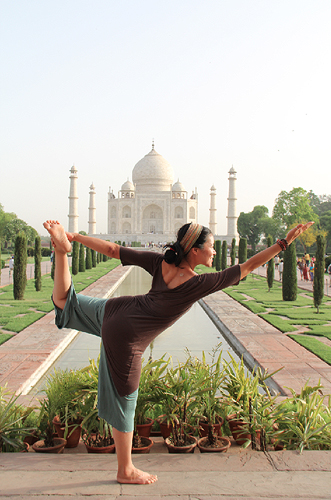 yoga taj mahal photos, christine kaaloa yoga