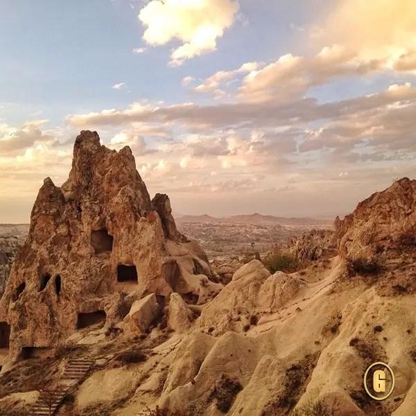 hot air balloon ride cappadocia, voyager balloons cappadocia,  Top 5 Instagrams, traveling from Greece to Turkey, trekking in cappadocia, hiking in cappadocia, top things to do turkey