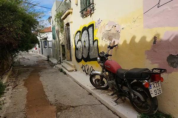 graffiti in athens, graffiti in greece, plaka graffiti, plaka
