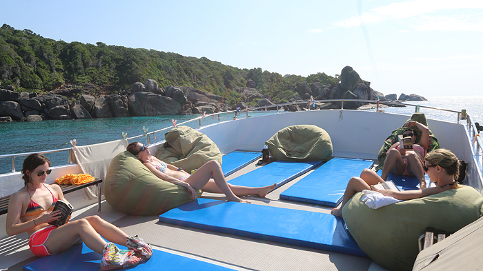 wicked diving liveaboard boat, wicked diving boat, what is a liveaboard, wicked diving khao lak, wicked diving similan islands, wicked diving flores