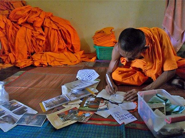 Buddhist monk's living quarters Thailand, monk dormitory, monk lifestyle in thailand,
