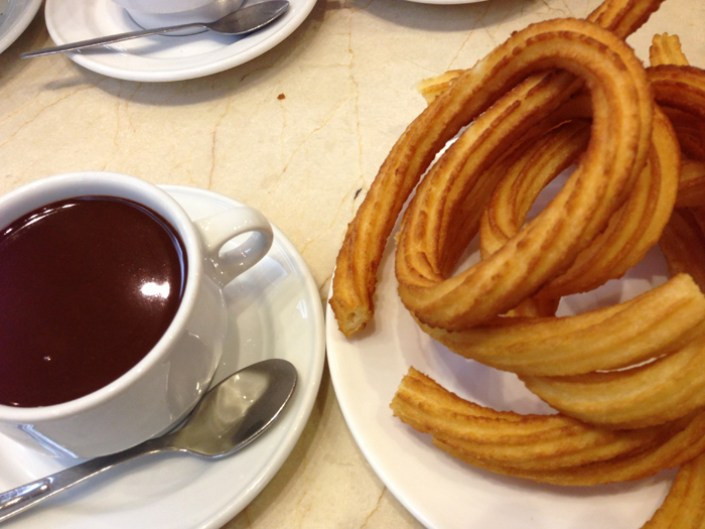 must try food in spain, chocolate con churros, spanish breakfast, spanish food, Churros, Women on the road blog, Must Try Foods , top foods around the world, popular foods around the world