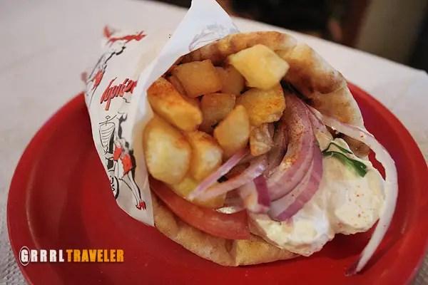 souvlaki, vegetarian souvlaki, greek street foods, greek food porn