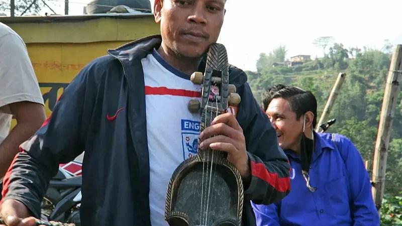 sarangi player, sarangi nepal
