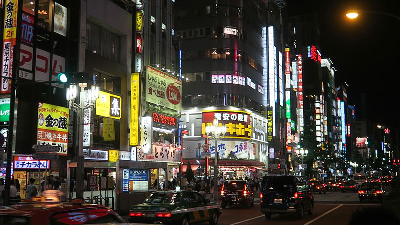 things to know before you go shinjuku, shinjuku travel guide, shinjuku at night