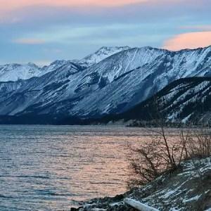Muncho lak, Canadian Rockies british columbia