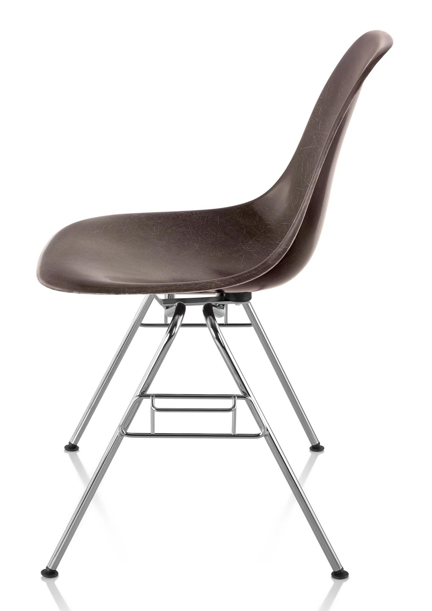 Herman Miller Eames Molded Fiberglass Side Chair  GR