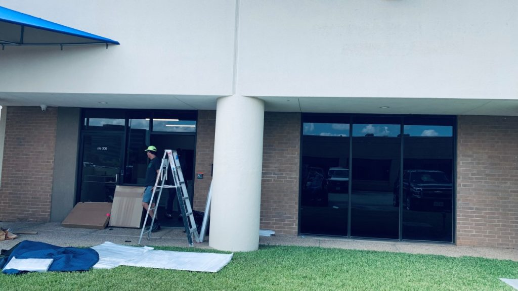 %name KAI Laboratory Post Construction Cleaning in Dallas, TX