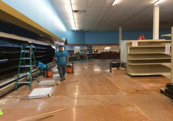 Grocery Store Post Construction Cleaning Service in Farmers Branch TX 15 6556bdb49068ca24c6184580448bf79f 350x245 100 crop Grocery Store Post Construction Cleaning Service in Farmers Branch, TX