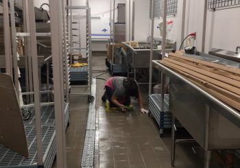 Hooters Restaurant Rough Post Construction Cleaning in Dallas TX 020 55532f539968c9d42de2cdf14d551573 350x245 100 crop Hooters Restaurant Rough Post Construction Cleaning in Dallas, TX