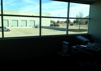 Warehouse Windows Cleaning in Frisco Tx 06 7fa61ba2dc663f655a01b419fc842ea7 350x245 100 crop Warehouse and Office Windows Cleaning in Frisco, TX