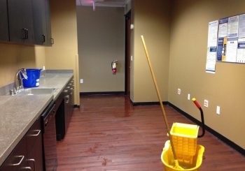 Waxing and Polishing Floors in Irving Texas 18 2b4d3ef84eb1b5b5f9084e29137d8c0f 350x245 100 crop Waxing Floors in Irving, TX