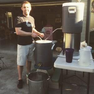 Brewing a Sierra Nevada Pale Ale clone from the Clone Brews book