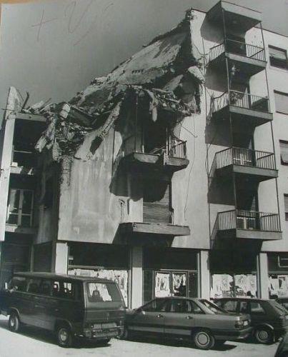 grude_stara_zgrada