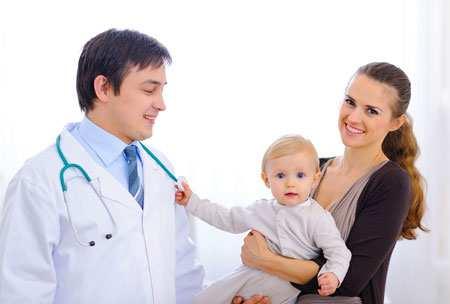Малыш 5 месяцев дрожит весь иногда. У ребенка дрожат ножки, губки или подбородок: что делать