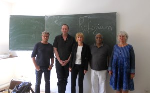 "Brigitte Pothmer (3.v.l.) beim Flüchtlingshilfe-Verein ""Refugium"" (09.07.2015)"