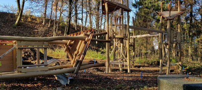 Neuer Spielplatz im Volkspark