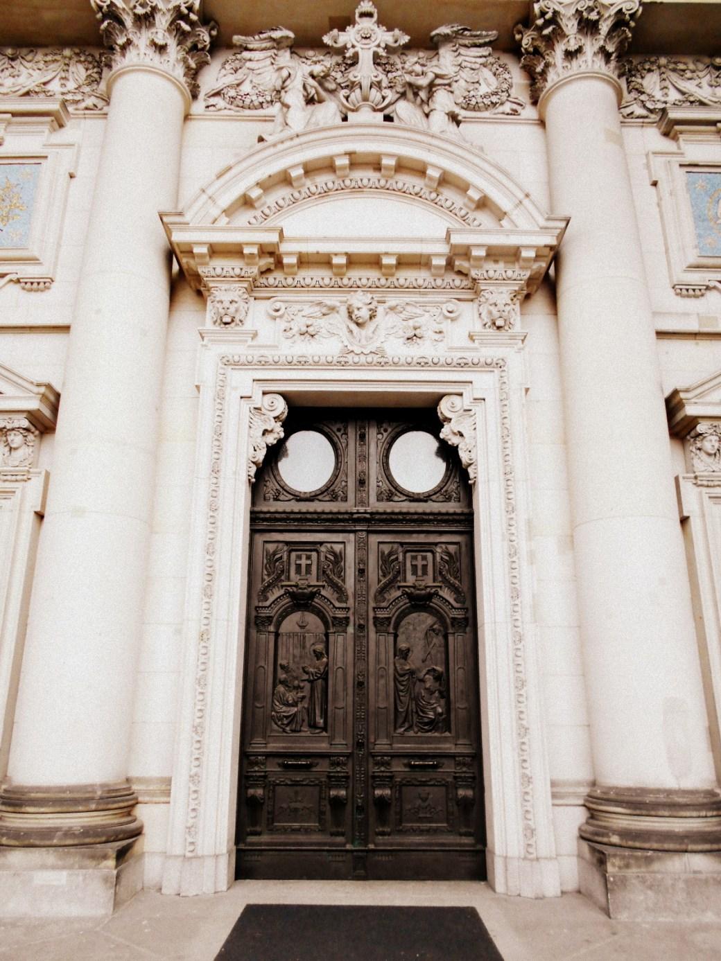Tür zum Dom